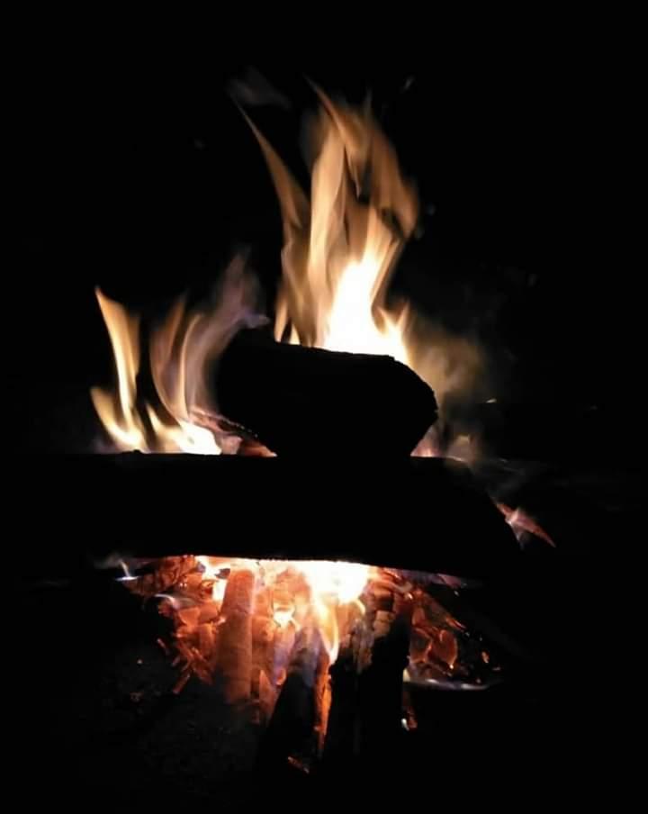 poombarai campfire